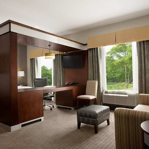 Photo of Hampton Inn & Suites - Mansfield