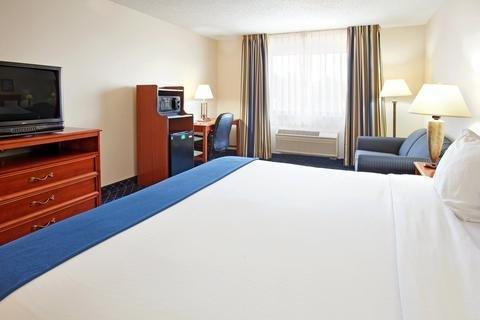 Photo of Holiday Inn Express LA PORTE