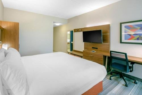 Photo of Holiday Inn Express Mount Arlington, an IHG Hotel