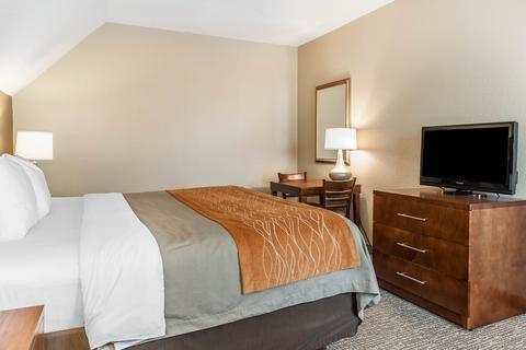 Photo of Comfort Inn Madison