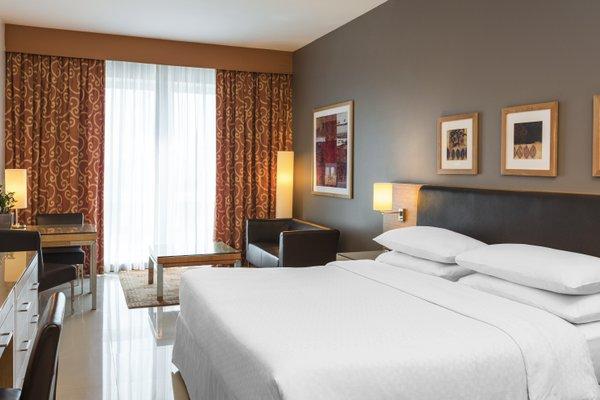 Four Points by Sheraton Downtown Dubai - фото 27