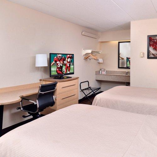Photo of Red Roof Inn PLUS+ Chicago - Northbrook/Deerfield