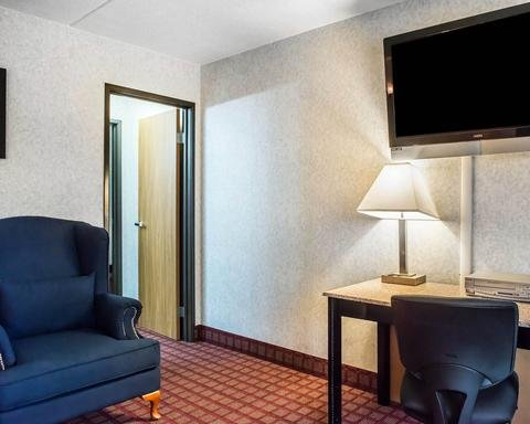 Photo of Quality Inn & Suites North Gibsonia