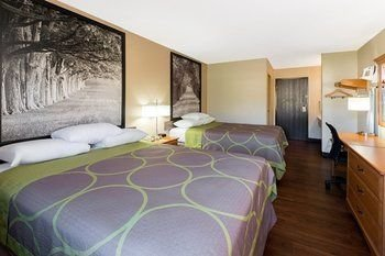 Photo of Super 8 by Wyndham Radcliff Ft. Knox Area