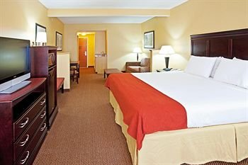 Photo of Holiday Inn Express Hotel & Suites Louisville South-Hillview, an IHG Hotel
