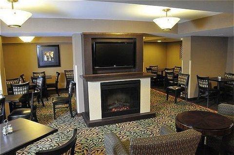 Photo of Holiday Inn Express Saugus Logan Airport, an IHG Hotel