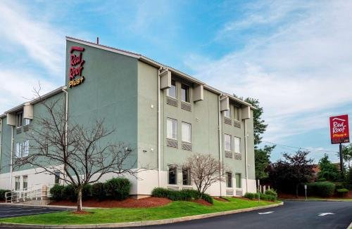 Photo of Red Roof Inn PLUS+ Boston - Logan