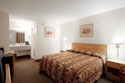 Photo of Americas Best Value Inn and Suites Siloam Springs