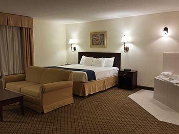 Photo of Gateway Inn & Suites