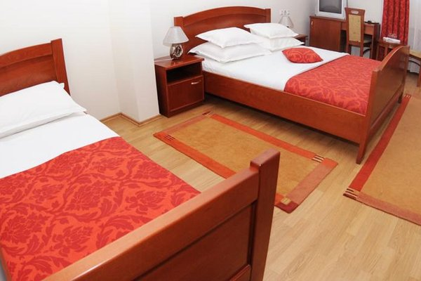 Hotel St. Georgije - фото 7
