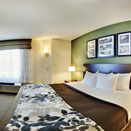 Photo of Sleep Inn & Suites Edgewood Near Aberdeen Proving Grounds