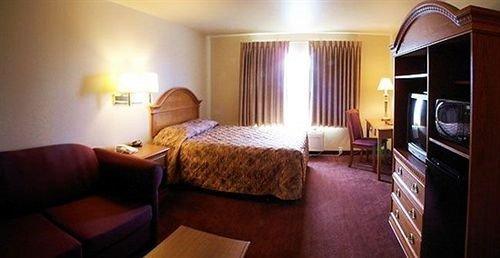 Гостиница «Grand View Inn and Suites», Уасилла