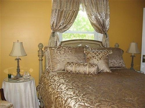 Photo of Vintage Inn Bed And Breakfast