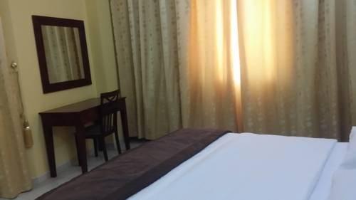 Aryana Hotel - фото 4
