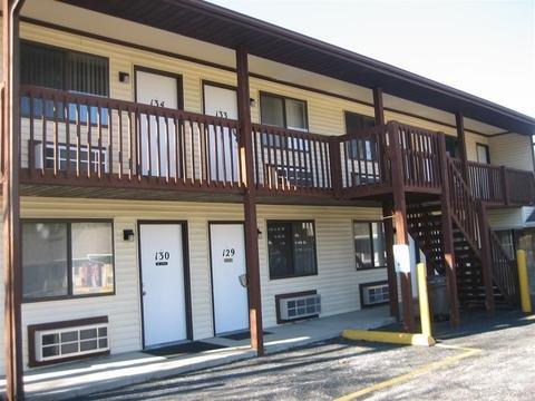 Photo of Crestview Inn & Suites Cedar L