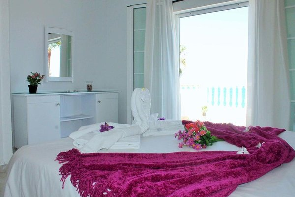 Villa Perseo Beachfront by Vacanzy Collection - фото 1