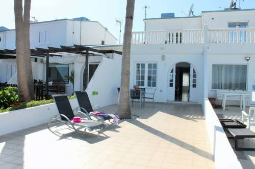 Villa Perseo Beachfront by Vacanzy Collection - фото 15