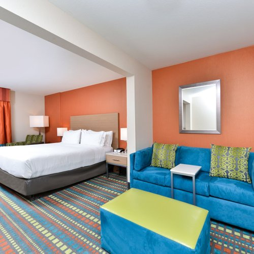 Photo of Holiday Inn Express Albuquerque N - Bernalillo, an IHG Hotel