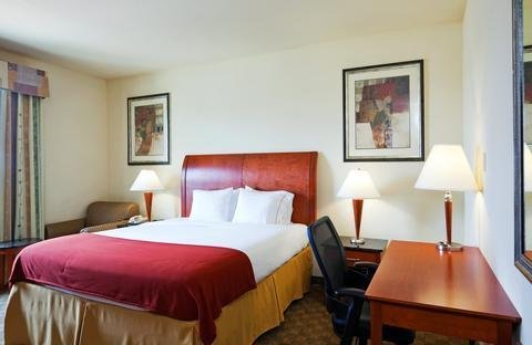 Photo of Holiday Inn Express Hotel and Suites Fairfield-North, an IHG Hotel