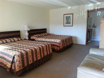 Photo of Shelton Inn