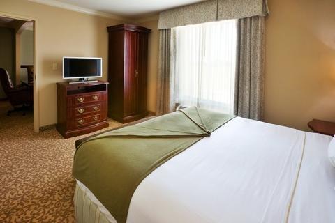 Photo of Holiday Inn Express & Suites Dallas NE - Allen