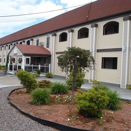 Photo of All Seasons Inn & Suites