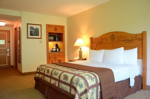Photo of Overlook Lodge and Stone Cottages at Bear Mountain