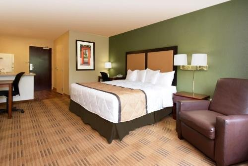 Photo of Extended Stay America Suites - Long Island - Bethpage