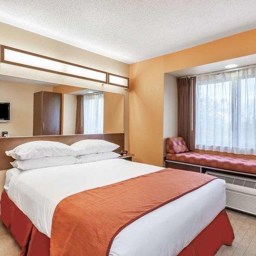 Photo of Microtel Inn & Suites by Wyndham Verona