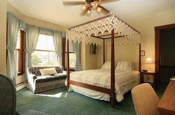 Photo of Country Garden Inn & Spa