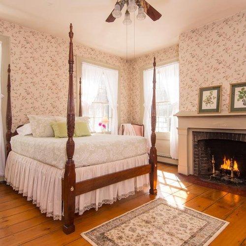 Photo of Peach Grove Inn