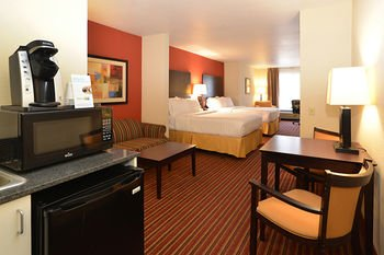 Photo of Holiday Inn Express Hotel & Suites - The Villages, an IHG Hotel