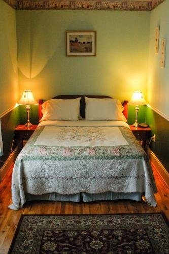 Photo of The Victorian Candle Bed & Breakfast