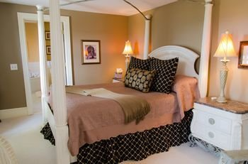 Photo of Magnolia Place Bed and Breakfast