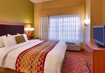 Photo of TownePlace by Marriott Suites Elko