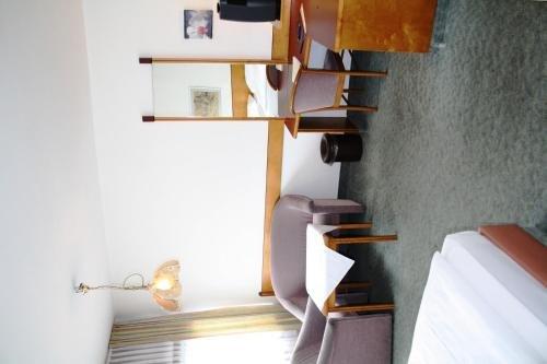 Hotel Ekazent Schonbrunn - фото 3