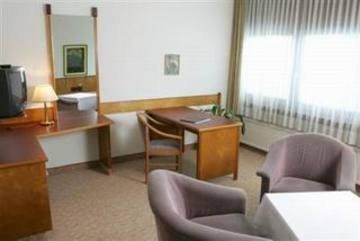 Hotel Ekazent Schonbrunn - фото 5