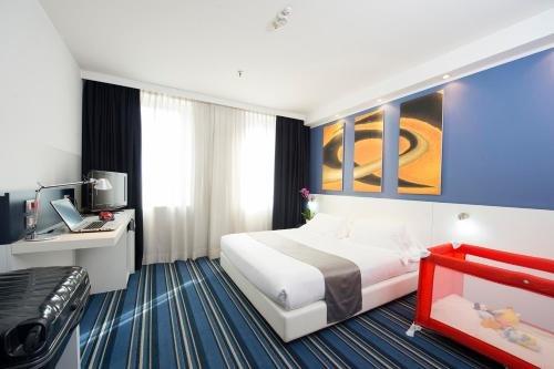 Neo Hotel - фото 10