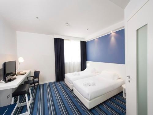 Neo Hotel - фото 1