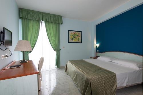 Atlantis Palace Hotel - фото 1