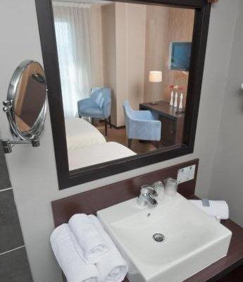 Teneo Apparthotel Bordeaux Begles - фото 9