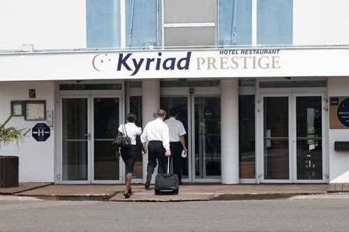 Kyriad Prestige Le Bourget - Aeroport - фото 22