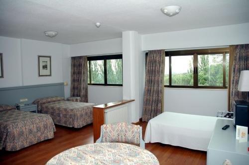 Hotel Escuela Madrid - фото 1