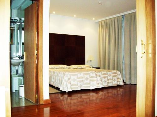 Hotel Escuela Madrid - фото 2
