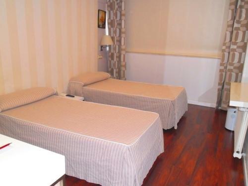 Hotel Escuela Madrid - фото 4