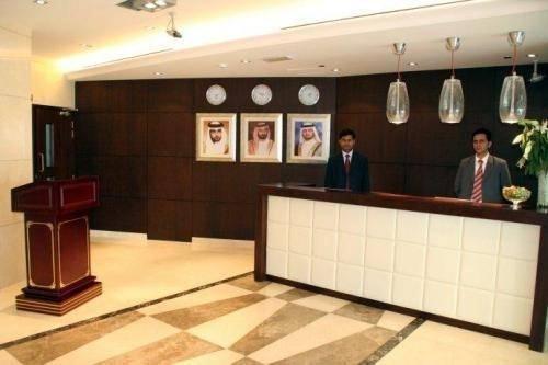 Dunes Hotel Apartment, Al Muhaisnah - фото 14