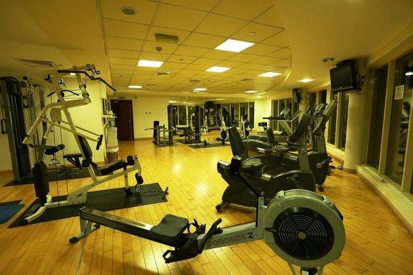 Dunes Hotel Apartment, Al Muhaisnah - фото 15