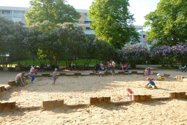 Apartment in Riga near the park - фото 19