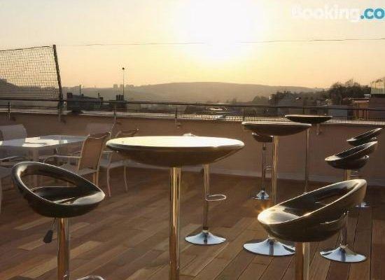 Atrium Apartments - фото 22
