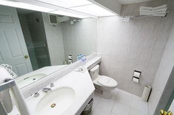 Hotel Fray Junipero Serra - фото 7